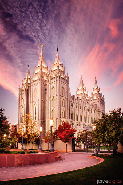 Salt_lake_temple_pink_sunrise_7360224-edit-l
